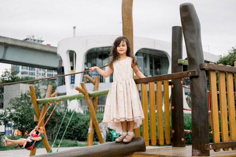Girl Playground Korean Child Play  - kamiel79 / Pixabay